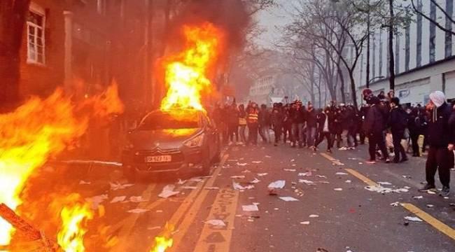Fransa'da Olaylar Devam Ediyor