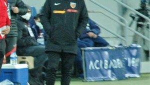 """Samet Aybaba: """"Girdiğimiz pozisyonlar bir türlü gol olmuyor"""""""