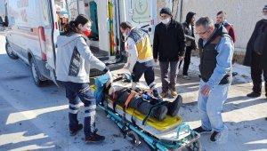 Aksaray'da otomobiller çarpıştı: 3 yaralı
