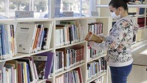 Doğan Hızlan Kütüphanesi'nde korona tedbirli güvenli hizmet