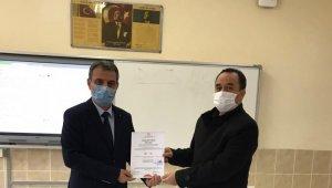 Halk Eğitim Merkezi Müdürlüğü'ne ''Okulumuz temiz'' belgesi