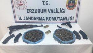 Husumetli ailelere silah satmaya çalışan şahıs yakalandı
