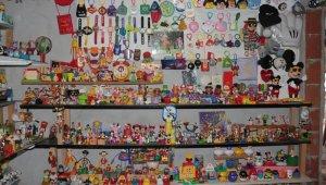 İki senede 3 bin 500'ün üzerinde oyuncak topladı