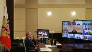 """Putin: """"68 milyon kişinin aşılanması gerekiyor"""""""