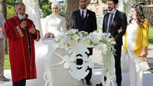 Talas'ta 991 çift aile oldu