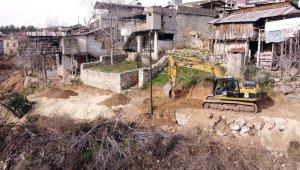 Tarsus Belediyesi, 60 yıllık yol hasretine son verdi