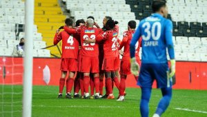 Beşiktaş: 1 - Çaykur Rizespor. 0