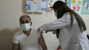 Başkan Kaplan, korona aşısını oldu
