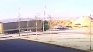 Gaziantep'te iki araç kafa kafaya çarpıştı: 1 ölü, 4 yaralı