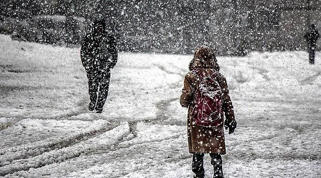 İstanbul Valiliği'nden 'kar' uyarısı! Yüz yüze eğitim ertelendi