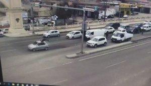 Kahraman polise durdurmaya çalıştığı araç çarptı