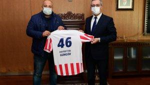 Kahramanmaraşspor'a büyükşehir belediyesinden destek