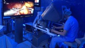 Kalbe robotik dokunuş