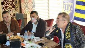 """Kırbıyık, """"Tarsus İdman Yurdu'nu tesisleştirip, şampiyonluğu ile adını Türkiye'ye duyuracağız"""""""