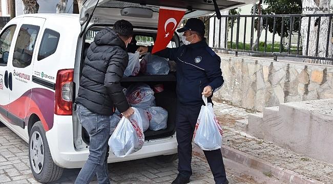 Akhisar Belediyesinden karantinadaki mahalleye yardım paketi desteği