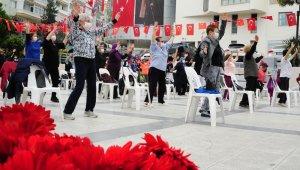 Balçova'da sağlıklı yaşlanma için spor