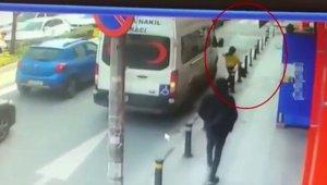 Bankaya götüreceği 200 bin lirayı ayarladığı hırsıza çaldırdı: O anlar kamerada