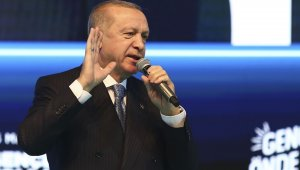 """Cumhurbaşkanı Erdoğan gençlere seslendi: """"Sakın örnek almayın"""""""