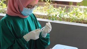 Endonezya'da 5 milyondan fazla kişiye korona aşısı yapıldı