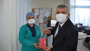MHP'den sağlıkçılara teşekkür ziyareti