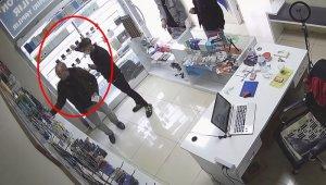 Sözde 'Tiktok fenomeni' hırsızlık çetesi kameralarda