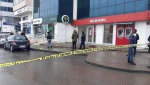 Tuzla'da banka kuyruğunda tartışma kanlı bitti