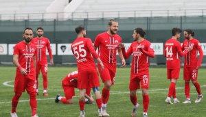 2 Lig: Hekimoğlu Trabzon FK:0 - Kocaelispor:0