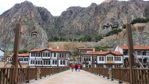 Amasya'da 2400 yıllık surlar restore ediliyor