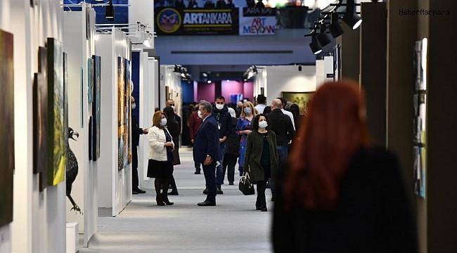 Atatürk Üniversitesi, Artankara Çağdaş Sanat Fuarında yerini aldı