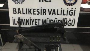 Balıkesir'de huzur operasyonu 32 kişiye gözaltı