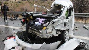 Başkent'te zincirleme trafik kazası: 4 ölü, 5 yaralı