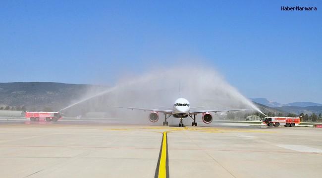 Bodrum havalimanına yılın ilk turist kafilesi geldi