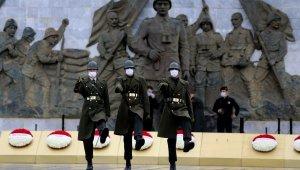 Çanakkale Kara Savaşları'nın 106. yıl dönümünde sade tören