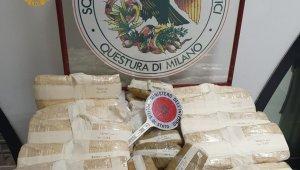 İtalya'da 3 Türk vatandaşı 15 kilo eroin ile yakalandı