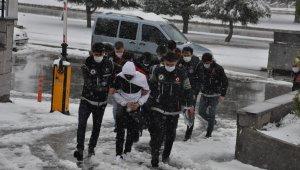 Karaman'da uyuşturucu operasyonu: 7 tutuklu