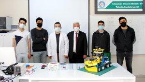 Lise öğrencileri, kutuplar için robot tasarladı