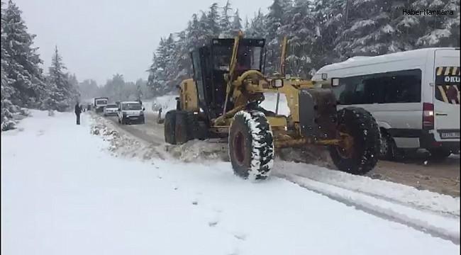 Mersin'in yüksek kesimlerinde karla mücadele sürüyor
