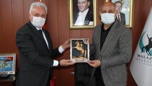 MHP İl Başkanı Yüce Malazgirt'te
