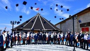 Muhtarlar, Yeşilyurt Belediyesi 2.muhtarlar akademisinden mezun oldu