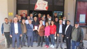 Salihlili muhtarlar 5. kez Mehmet Güler'i seçti