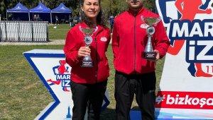 Şampiyon sağlıkçılara İzmir'den 2 kupayla döndü