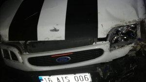 Şarampole yuvarlanmış kamyonet bulundu, sürücüye ulaşılamadı
