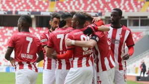 Süper Lig: Sivasspor: 3 - Konyaspor: 1