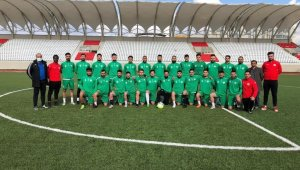 Yahyalıspor'un Kırşehir kampı başladı