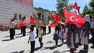Amasya çocuk yuvasında coşkulu 19 Mayıs kutlaması