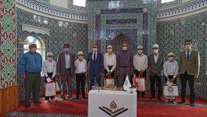 Aslanapa'da Kur'an-ı Kerim'i Güzel Okuma yarışması