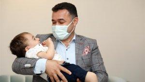 Başkan Yücel'den Ahmet bebeğin annesine anneler günü sürprizi