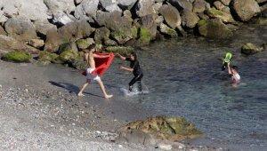 Ceuta'ya en az 5 bin Faslı göçmen giriş yaptı