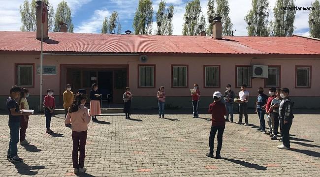 Erzurum İl Milli Eğitim Müdürlüğü'nden kitap okuma seferberliği