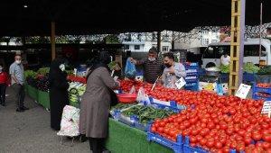 Eyüpsultan'da kurulan semt pazarları denetlendi